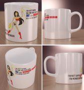 Wonder Woman – kubek z każdej strony